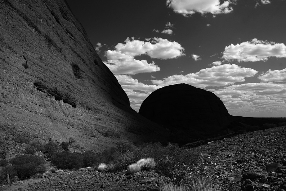 Kata Tjuta shadow